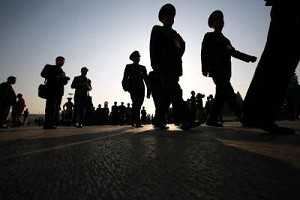Chinese military delegates arrive for the Chinese Communist Party Congress, October 21, 2007 in Beijing, China.(Andrew Wong/Getty Images)