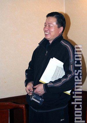 Gao Zhisheng in Beijing in January 2006. (The Epoch Times)