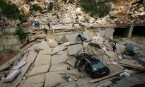 China Quake Victims Angry, Impatient for Aid