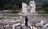 40 Survivors Rescued 16 Days After Sichuan Earthquake