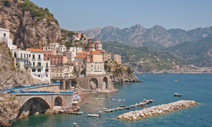 The town of Atrani on the Amalfi Coast near Naples. With its warm summers and mild winters, the Amalfi Coast is a popular tourist destination. (Paolo Costa Baldi. License: GFDL/CC-BY-SA 3.0)