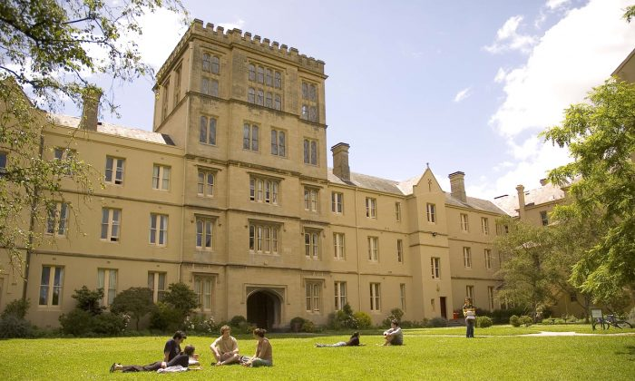 Australia's universities all have pretty high standards, so how to pick one? (Queen's College/CC BY 2.0)