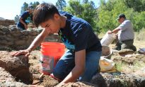 Teens Take on Preservation Work at National Monuments