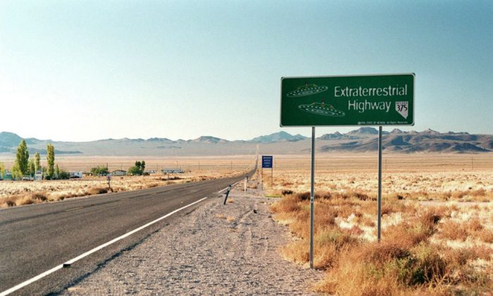 Highway 375, Nevada (Wikimedia Commons)