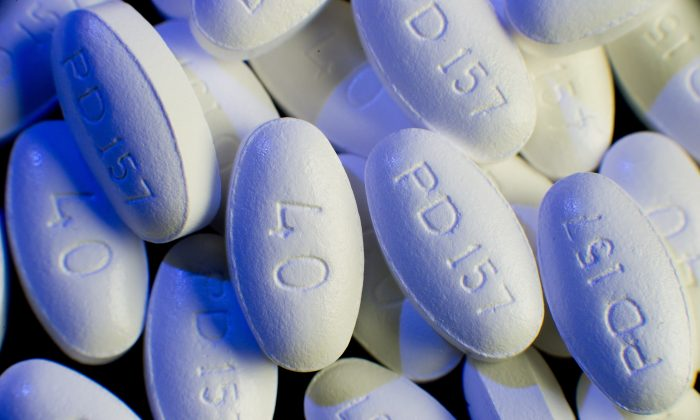 Lipitor(atorvastain calcium) tablets made by Pfizer (Paul J. Richards/AFP/Getty Images)