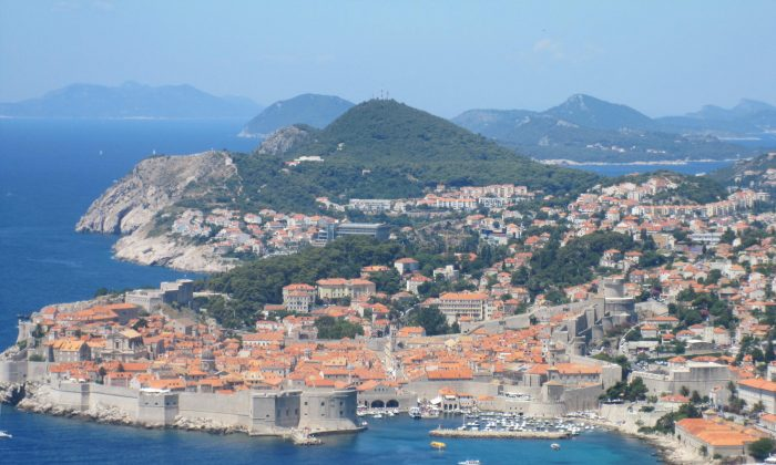 Dubrovnik 'Pearl of Adriatic' taken from the Montenegro to Dubrovnik road. (Bill Cox/The Epoch Times)