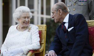 Queen Elizabeth, Prince Philip Delay Annual Christmas Train Trip