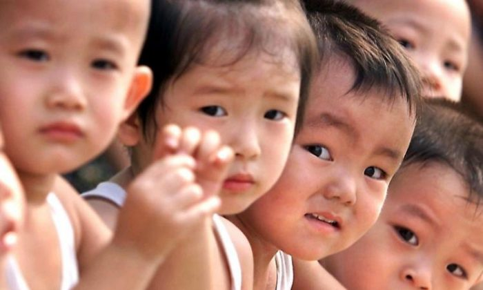 China's latest census results show an aging population and declined proportion of newborns. (Getty Images)