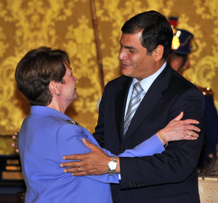 Ecuadorean President Rafael Correa (R) hugging US new ambassador in Ecuador Heather Hodges at the Carondelet Palace in Quito on October 02, 2008. (Rodrigo Buendia/AFP/Getty Images)