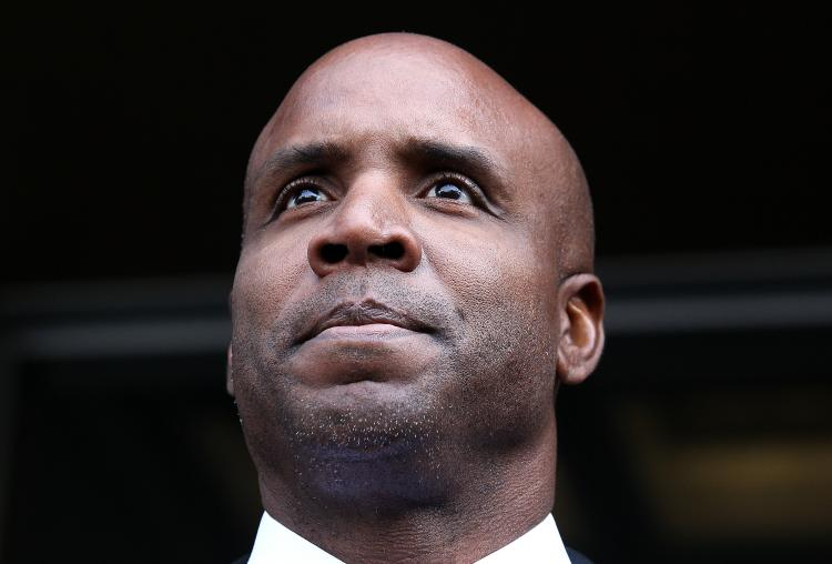 Former Major League Baseball player Barry Bonds leaves federal court on April 13, 2011 in San Francisco, California. (Justin Sullivan/Getty Images)