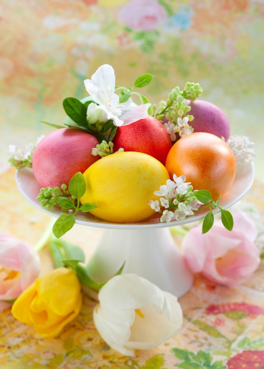 Festive Easter Centrepiece