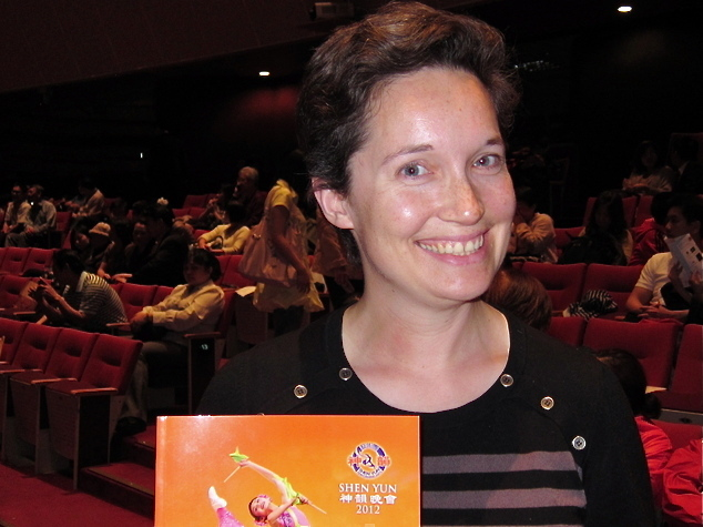 Ms. Jessica Taylor attends Shen Yun Performing Arts
