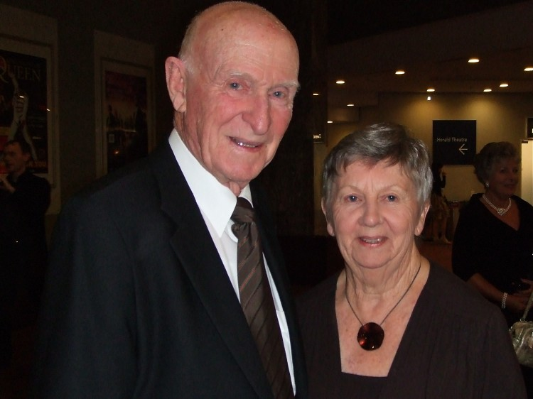 Sir Murray Halberg and his wife, Lady Halberg, attend Shen Yun