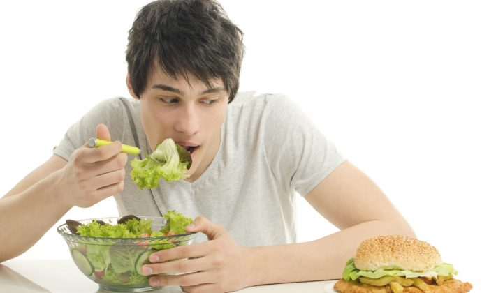 Does eating healthily feel like it's taken over your life? (iulianvalentin/iStock)
