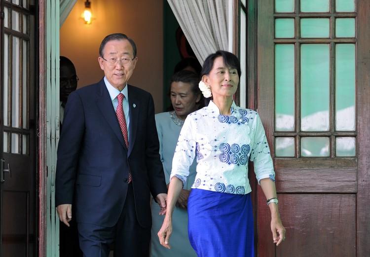 United Nations Secretary General Ban Ki-moon and Burmese opposition leader Aung San Suu Ky