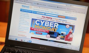 Cyber Monday Set to Become Record US Online Shopping Day