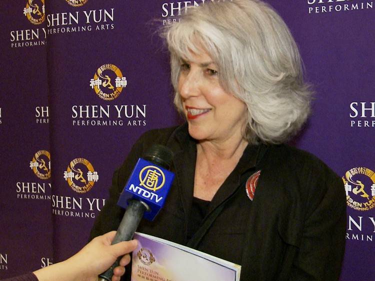 Liz Colin attends Shen Yun Performing Arts