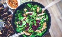 8 Surprising Health Facts About Spinach