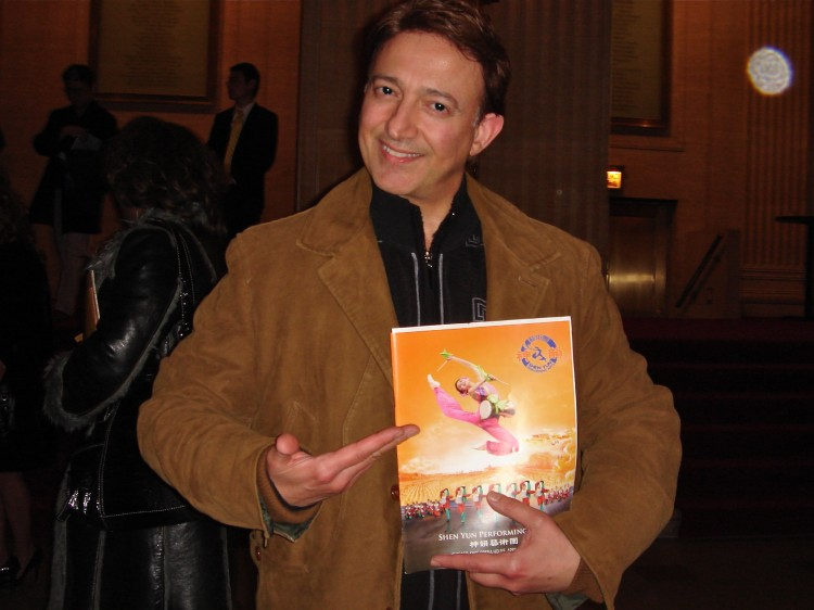 Dr. James Lago attends Shen Yun