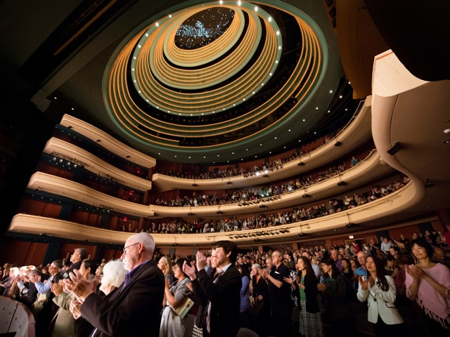 A standing ovation for Shen Yun at Dayton