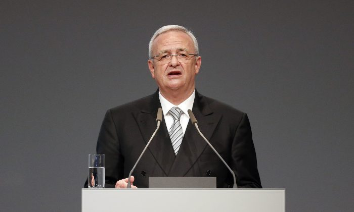 """FILE - In a Tuesday, May 5, 2015 file photo, Volkswagen CEO Martin Winterkorn addresses the shareholders during the annual shareholder meeting of the car manufacturer Volkswagen in Hannover, Germany. Winterkorn apologized Sunday, Sept. 20, 2015, after the Environmental Protection Agency said the German automaker skirted clean air rules by rigging emissions tests for about 500,000 diesel cars.  """"I personally am deeply sorry that we have broken the trust of our customers and the public,"""" Volkswagen chief Martin Winterkorn said in a statement. (AP Photo/Frank Augstein, File)"""