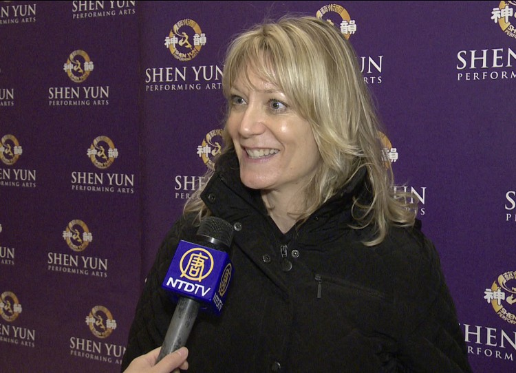 Rhonda Viapiano, senior private banker at JP Morgan after seeing Shen Yun Performing Arts at Lincoln Center on Sunday. (Courtesy of NTD Television)