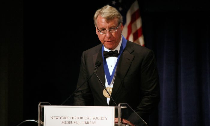 James Chanos of Kynikos Associates speaks at the 2011 New York Historical Society History Makers Awards at The Waldorf Astoria in New York, on Nov. 7, 2011. (Andy Kropa/Getty Images)