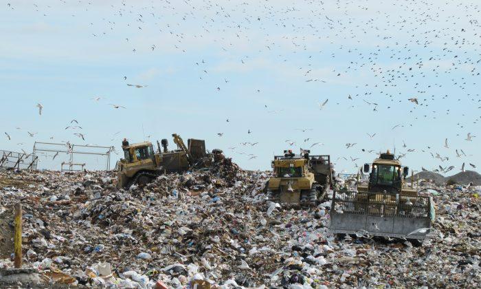 A landfill in Virginia on Nov. 21, 2013. (Bill McChesney/Flickr/CC BY)