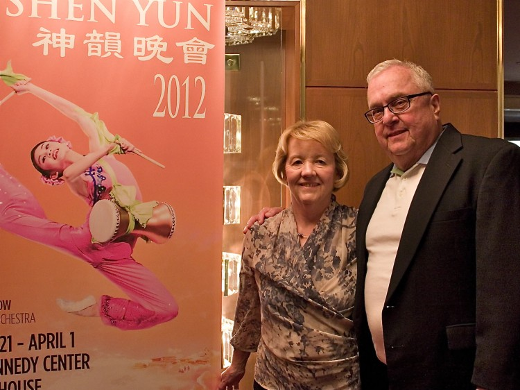 Sue and Jene Tonkinson attend Shen Yun Performing Arts