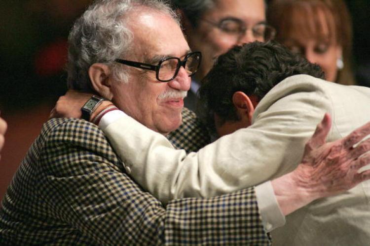 Nobel Prize winner from 1982, Gabriel Garcia Marquez (L), embraces Colombian journalist Hollman Morris. Morris was denied a visa recently to visit Harvard University on a prestigious Nieman Fellowship.  (Alejandro Acosta/Getty Images)
