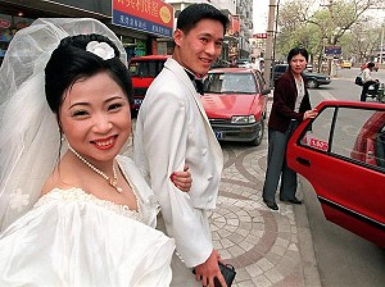 Tens of thousands are unable to marry in China due to Hukou system. (Getty Images)