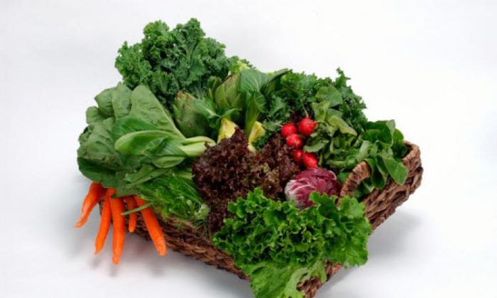 """""""Some of the most nitrate-rich vegetables are lettuce, spinach, kale, and beetroot. (Photos.com)"""