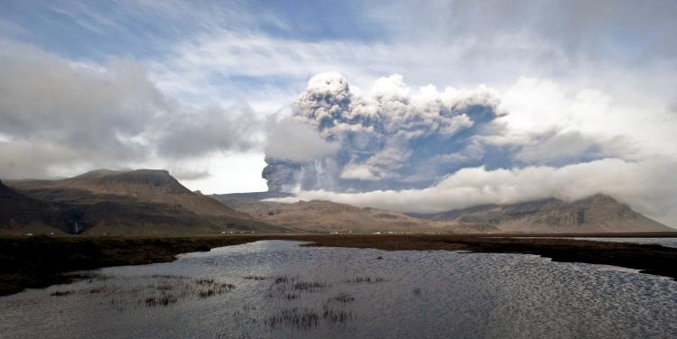 A large plume of ash is seen coming from Iceland's Eyjafjallajokull volcano on May 5. On Sunday, the Iceland Meteorological Office said that the volcano stopped spewing ash.  (Halldor Kolbeins/AFP/Getty Images)