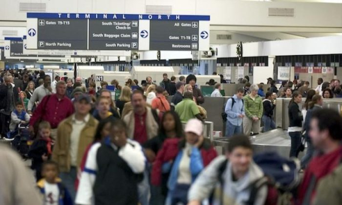 Travelers in Atlanta's Hartsfield-Jackson International Airport in GA.   (Barry Williams/Getty Images)