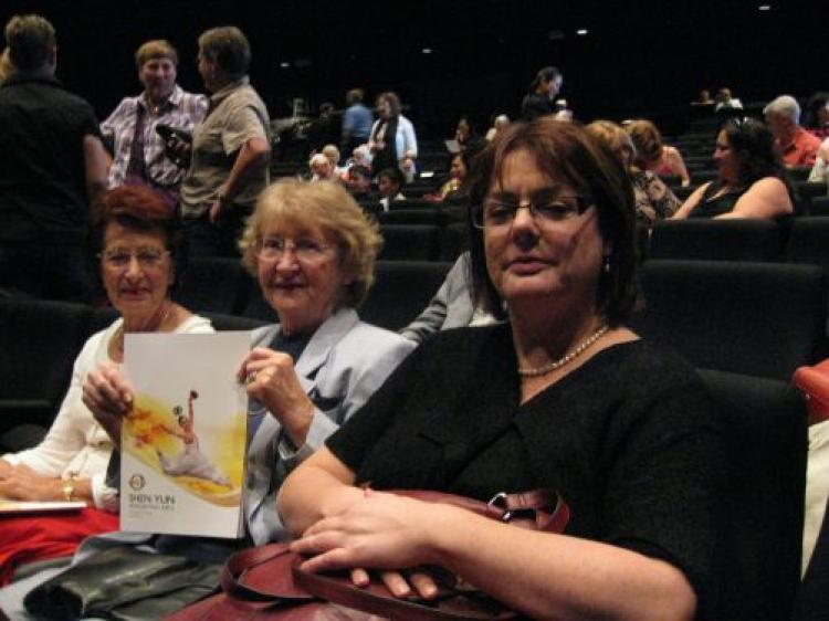 Three buoyant ladies at intermission: Tanya on the right, Shirley in the middle, and Maryna on the left (Gao Deming/The Epoch Times)