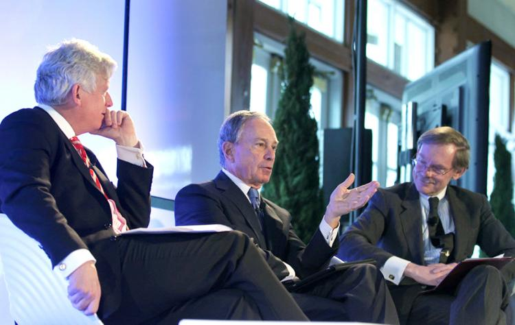 CLEAN ENERGY TALK: Mayor Michael Bloomberg (C) joined World Bank President Robert Zoellick (R) and former Toronto Mayor David Miller (L) in a panel discussion on a city-centered perspective of energy and climate change on Thursday in New York City.  (Courtesy of Jin Lee/Bloomberg)