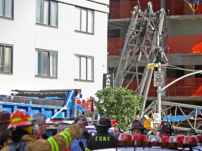 Crane Collapses Onto Apartment Building On Manhattan's Upper East Side