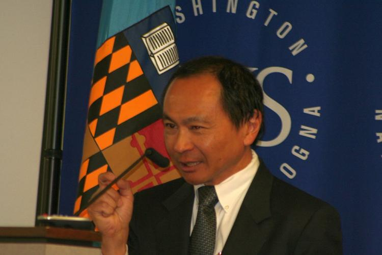 MICROFINANCE: Dr. Francis Fukuyama explains why poor communities may have their own sources of wealth. He spoke April 17 as the keynote speaker at the School of Advanced International Studies (SAIS), John Hopkins University. Dr. Fukuyama is currently Director of the International Development Program at Hopkins. (Gary Feurerberg/The Epoch Times)