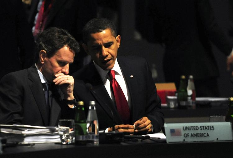 U.S.President Barack Obama (R) and U.S. Treasury Secretary Timothy Geithner take part in a round table meeting in London on April 2, 2009 during the G20 summit. (Dominique Faget/AFP/Getty Images)