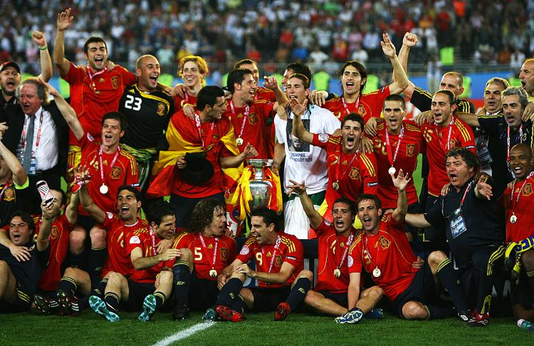SPAIN EURO 2008: Spain shook off their choker label and became one of the strongest soccer nations in the world with their Euro 2008 triumph. The Spaniards enter South Africa as one of the favorites. (Shaun Botterill/Getty Images)