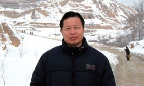 Ahead of Human Rights Day, Chinese Authorities Harass Rights Lawyers, Detain Them at Home