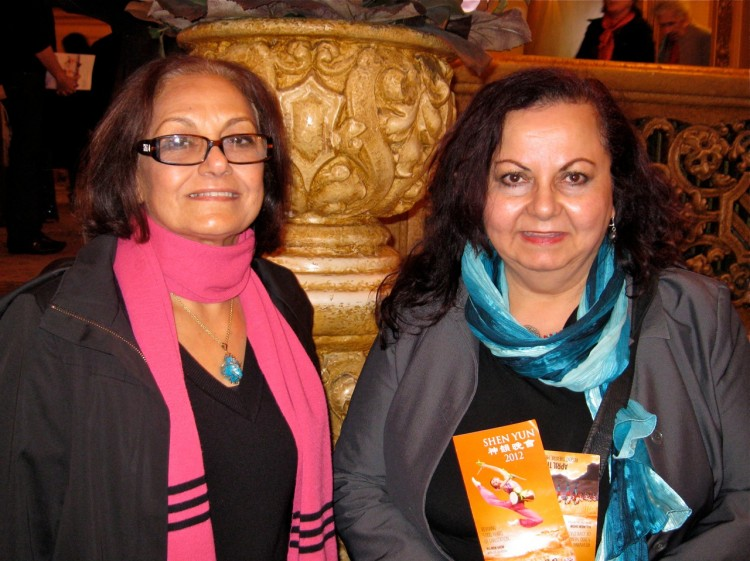 Amal Diab and Inaam Barakat at Shen Yun