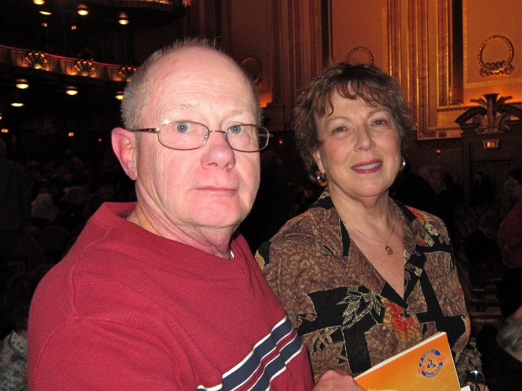 William Pulling and Barbara Moore relax during Shen Yun