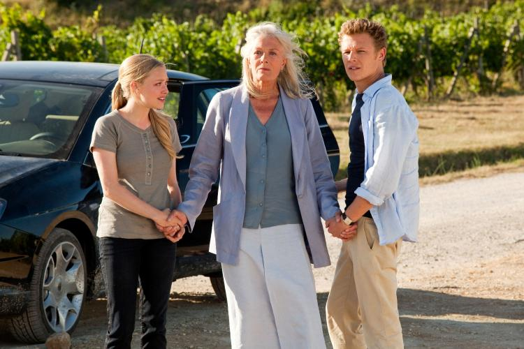 (L-R) Amanda Seyfried, Vanessa Redgrave, and Christopher Egan.  (John Johnson/ Summit Entertainment )