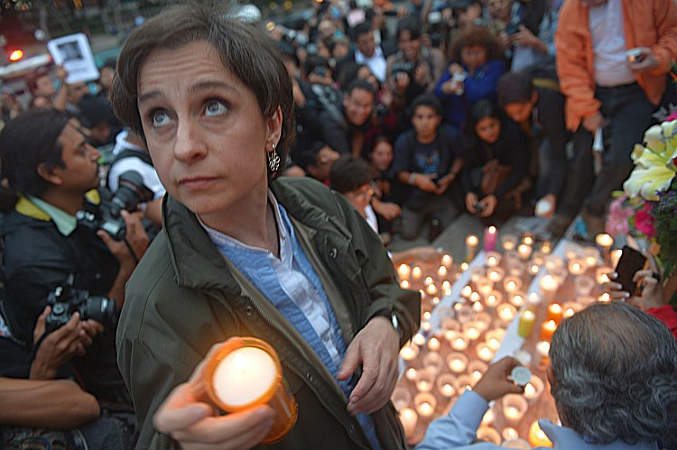 People mourn murdered Mexican journalists
