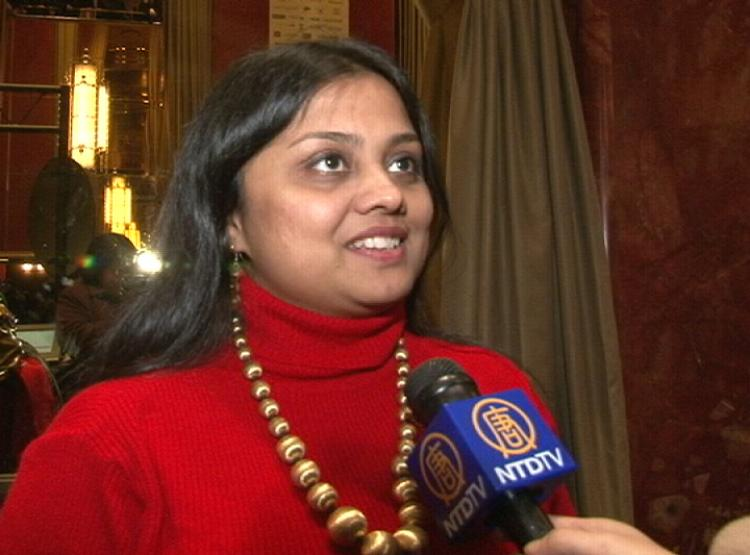 'The ancient Chinese culture that they are portraying is fantastic,' remarked Indian dancer Ms. Chaudhuri of Shen Yun's performance in New York. (NTDTV)