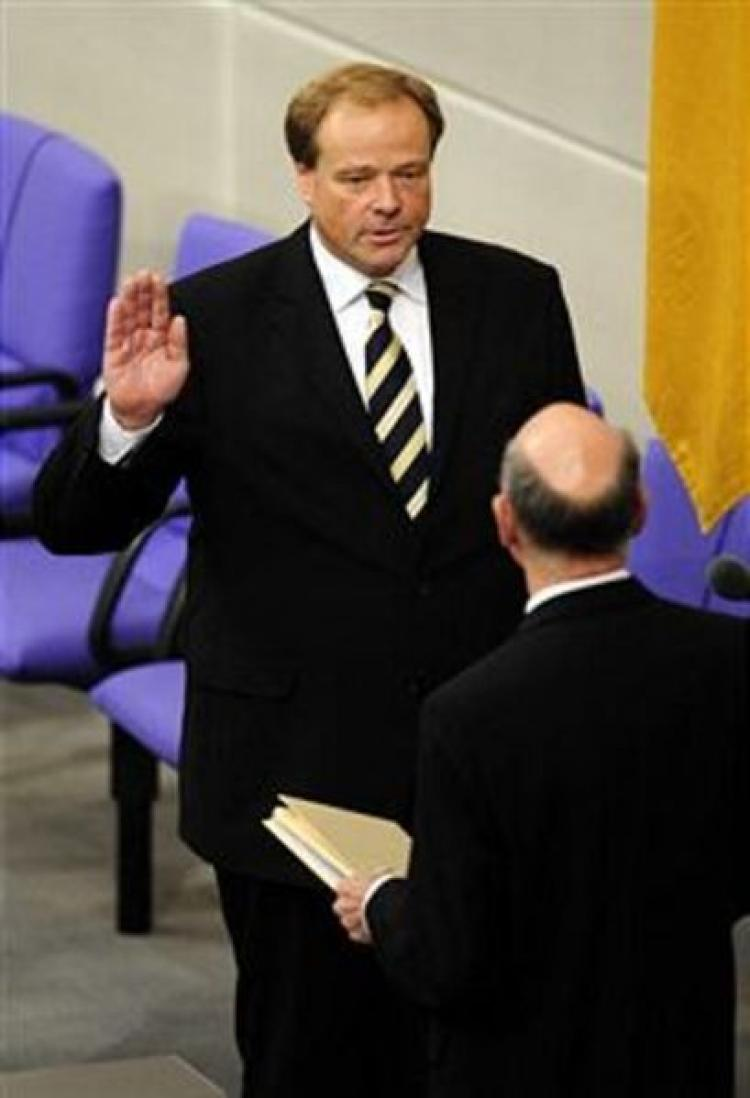 Germany's new Foreign Aid Minister Dirk Niebel taking the oath of office. (John Macdougall/AFP/Getty Images)