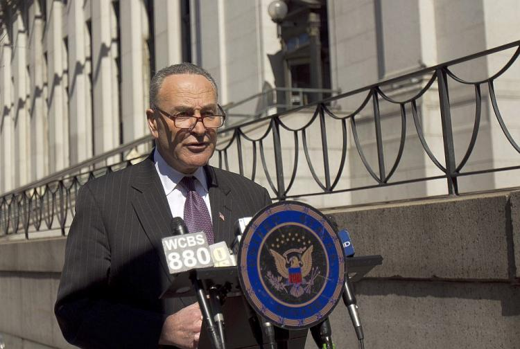SAFETY ON THE BUS: Sen. Charles Schumer announced Sunday that the National Transportation Safety Board has agreed to do a full investigation of the tour bus industry following recent bus crashes. (Phoebe Zheng/The Epoch Times)