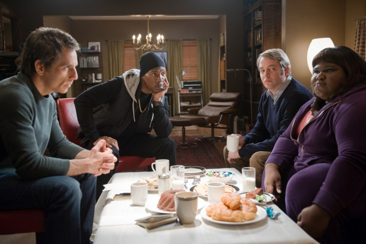 (L-R) Ben Stiller, Eddie Murphy, Matthew Broderick, and Gabourey Sidibe, talk shop in 'Tower Heist,' an action-comedy about a group who seeks revenge on the Wall Street swindler who stiffed them. (David Lee/ Universal Studios)
