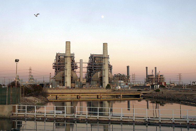 The AES Corporation 495-megawatt Alamitos natural gas-fired power station